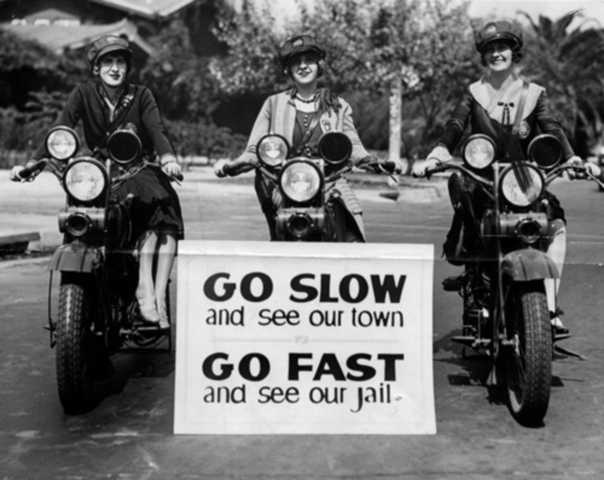Motorcycle Officerettes, 1927