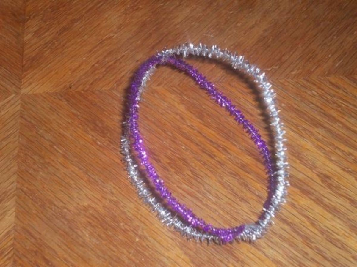 DIY Cat Toy from Pipe Cleaners