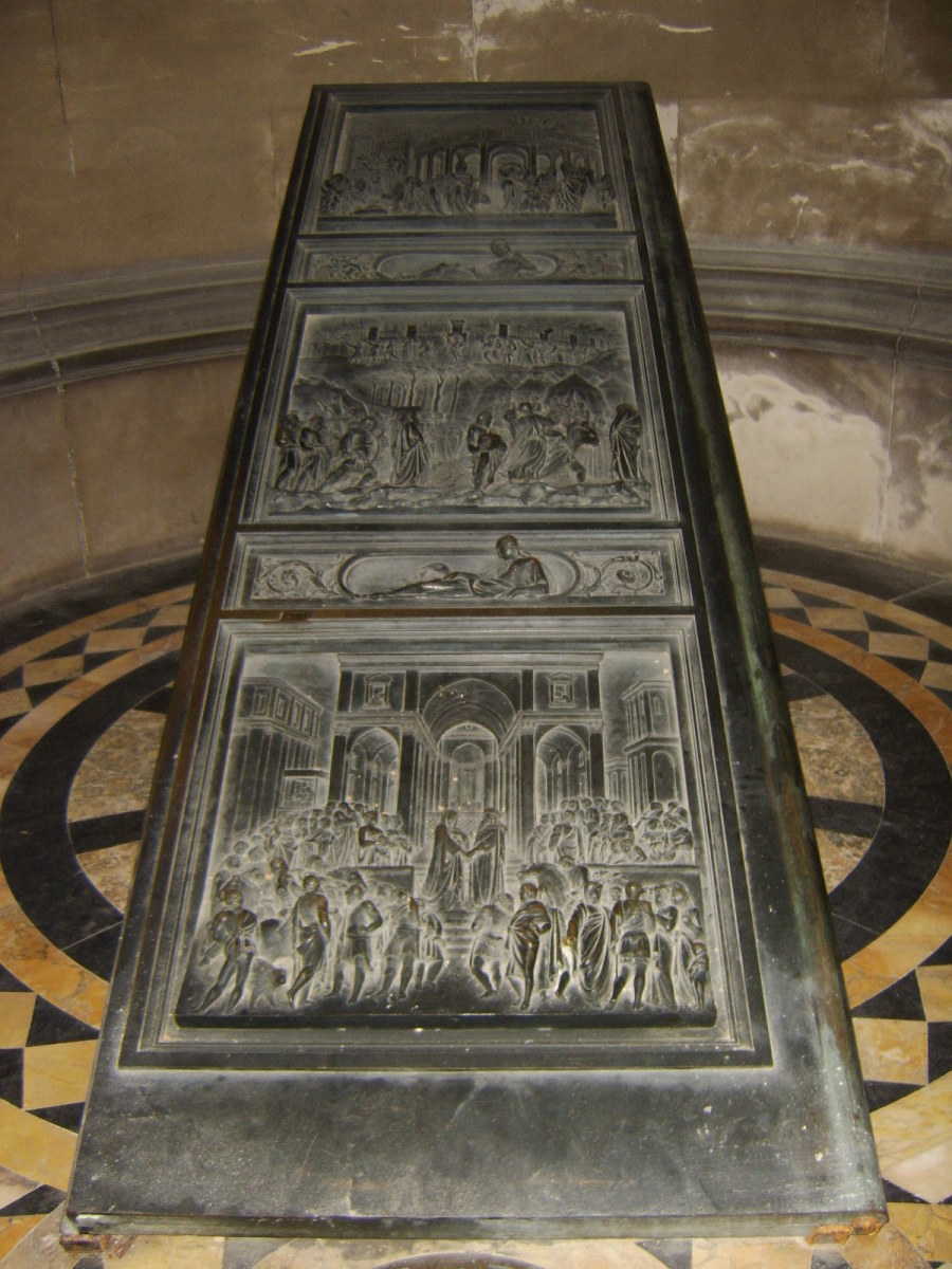 One of the original doors of Hamilton Mausoleum's chapel