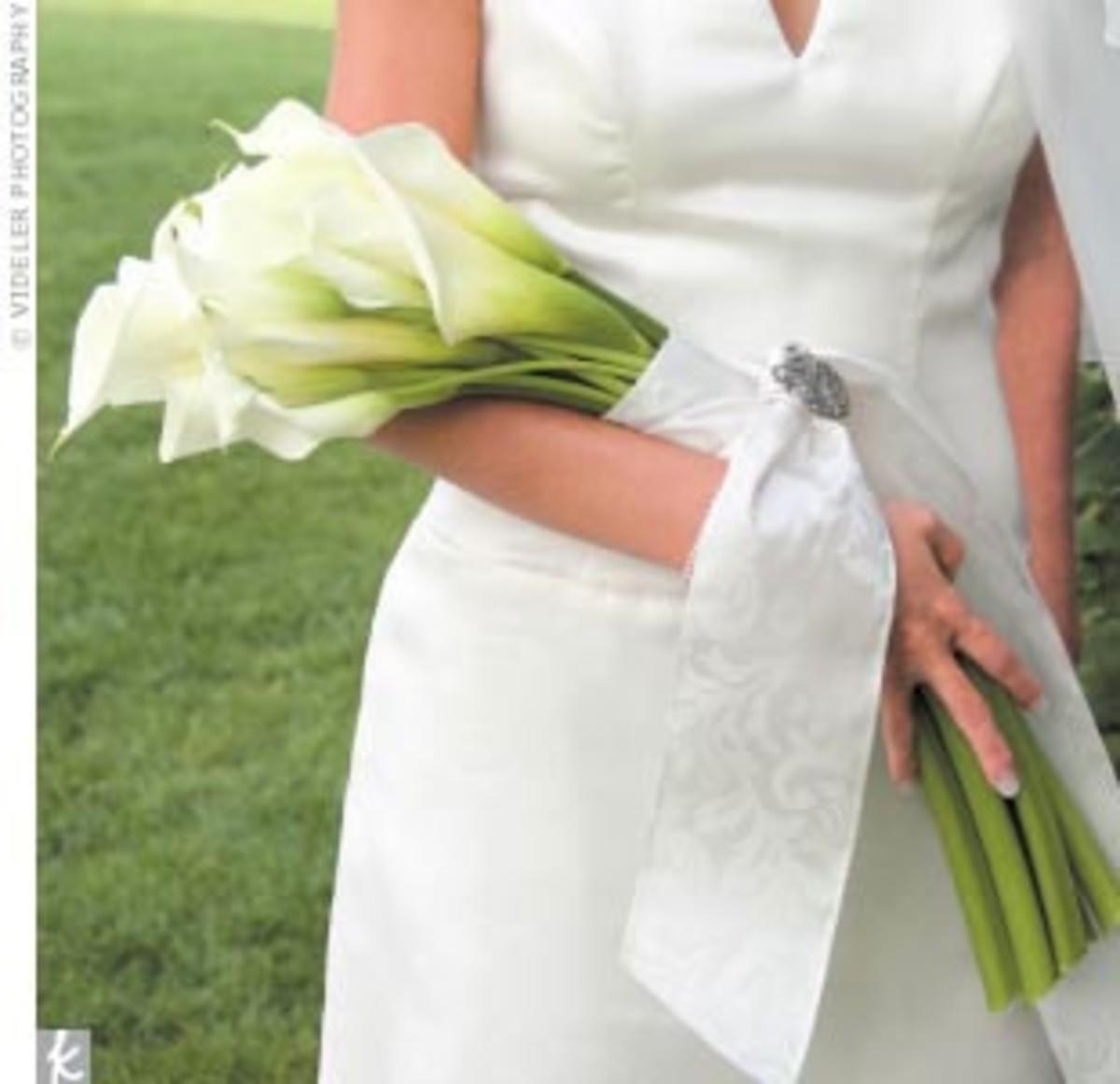 Bridal Arm Bouquet