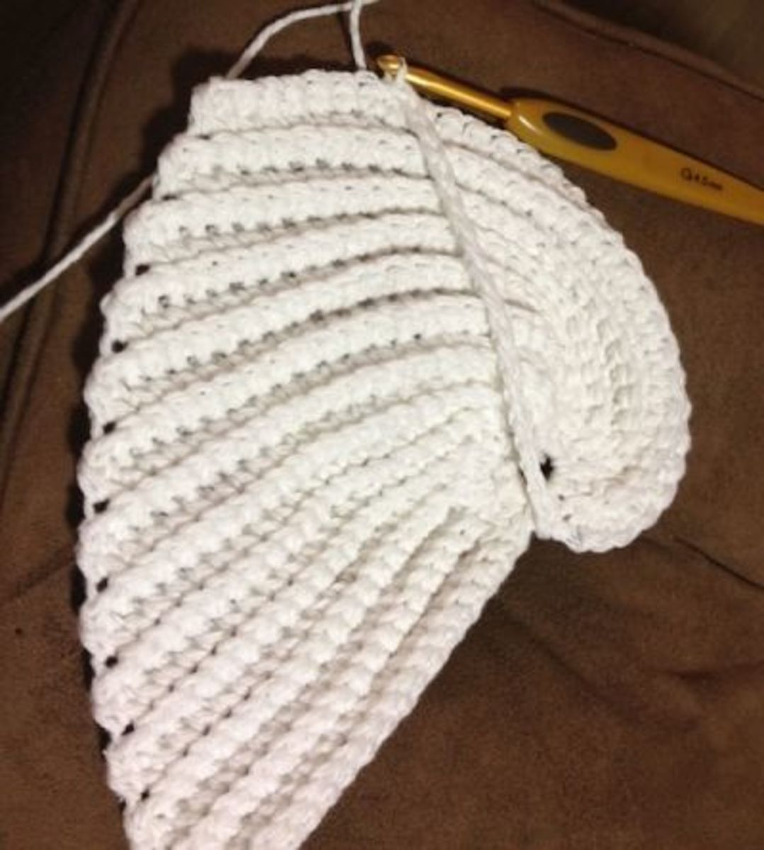 Crochet Pattern Angel Wings : Angel Wing Dishcloth Free Crochet Pattern!
