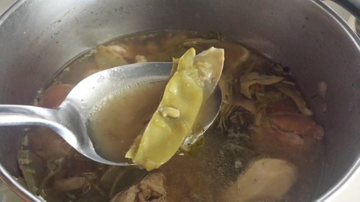 Cooked hayacinth bean pods.