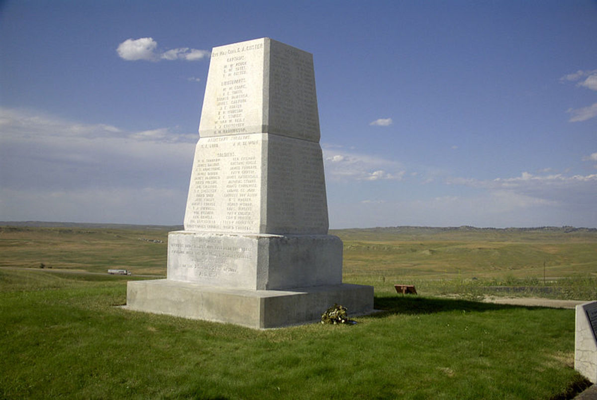 An obelisk commemorates the U.S. Army dead, and marks the spot of the mass grave where all US soldiers were re-buried