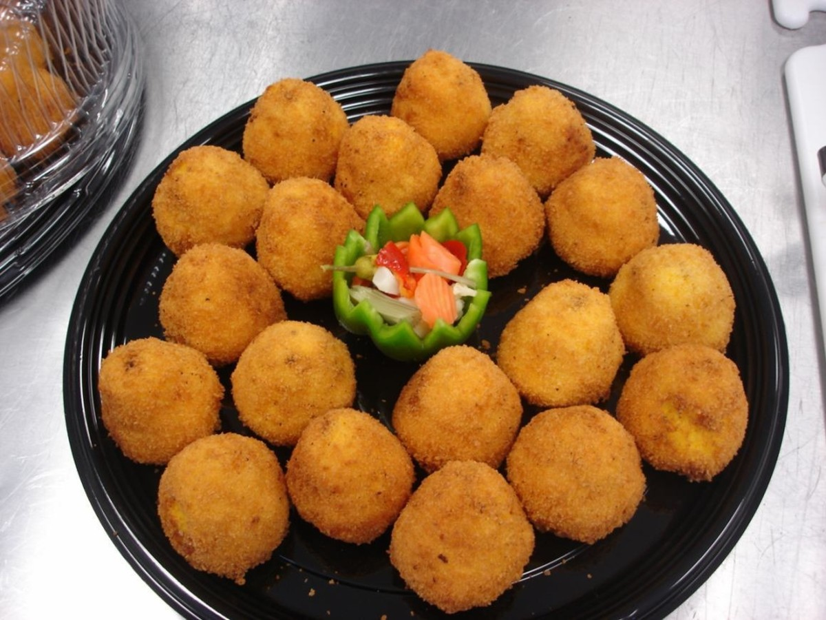 Mini Arancini (Stuffed Rice Balls)