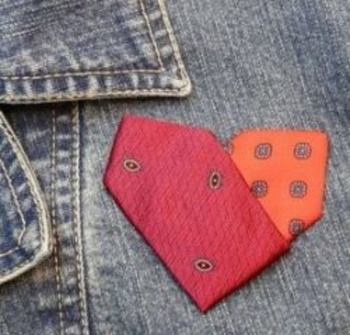 Make this sweet Heart Pin for your valentine, or just for yourself!