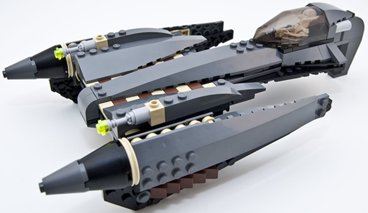 LEGO Star Wars General Grievous Starfighter 7656 Assembled