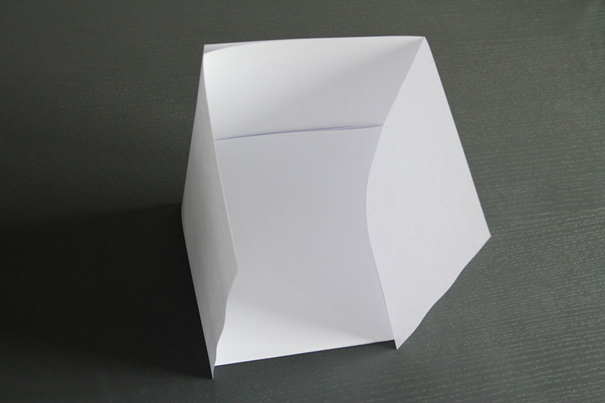 This is how the paper light box should look when assembled.
