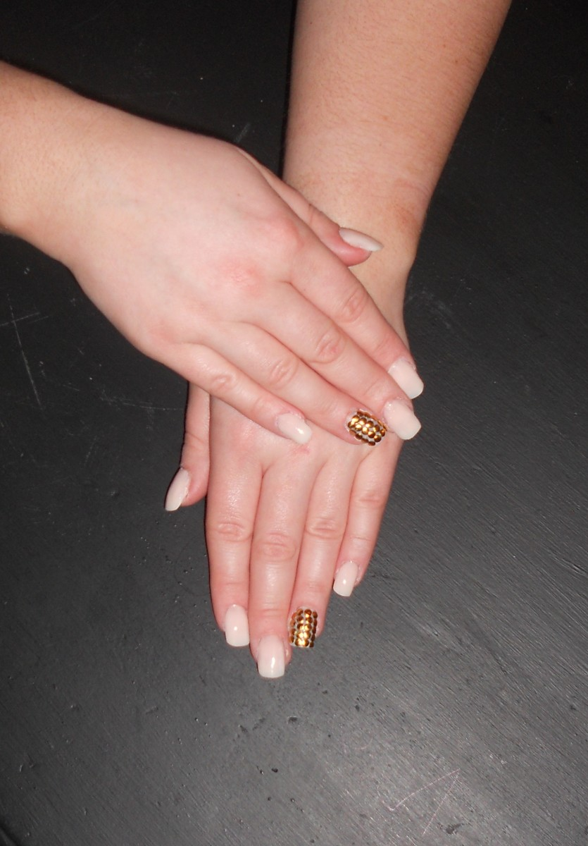 How to apply a full colour of Acrylic nails correctly.