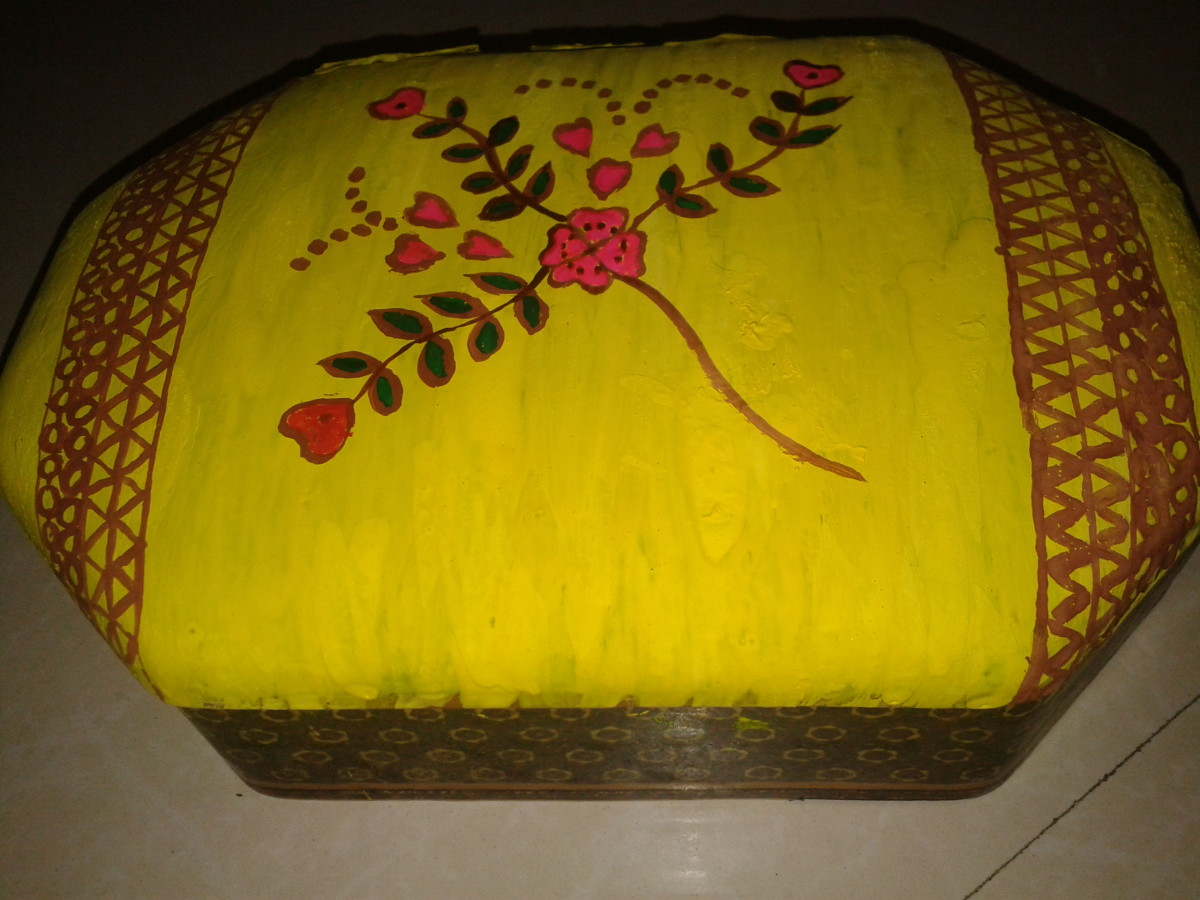 Ornament box decorated with Madhubani painting