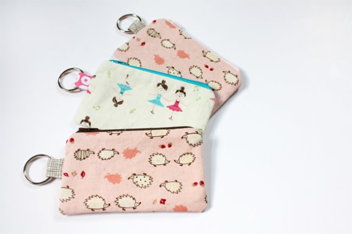 Make your own cute coin pouch