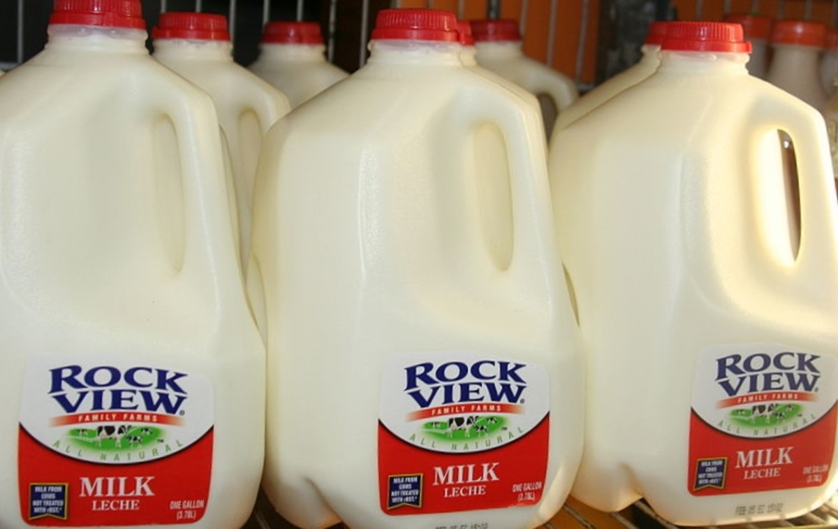 You'll need empty plastic jugs. Gallon milk jugs work well.