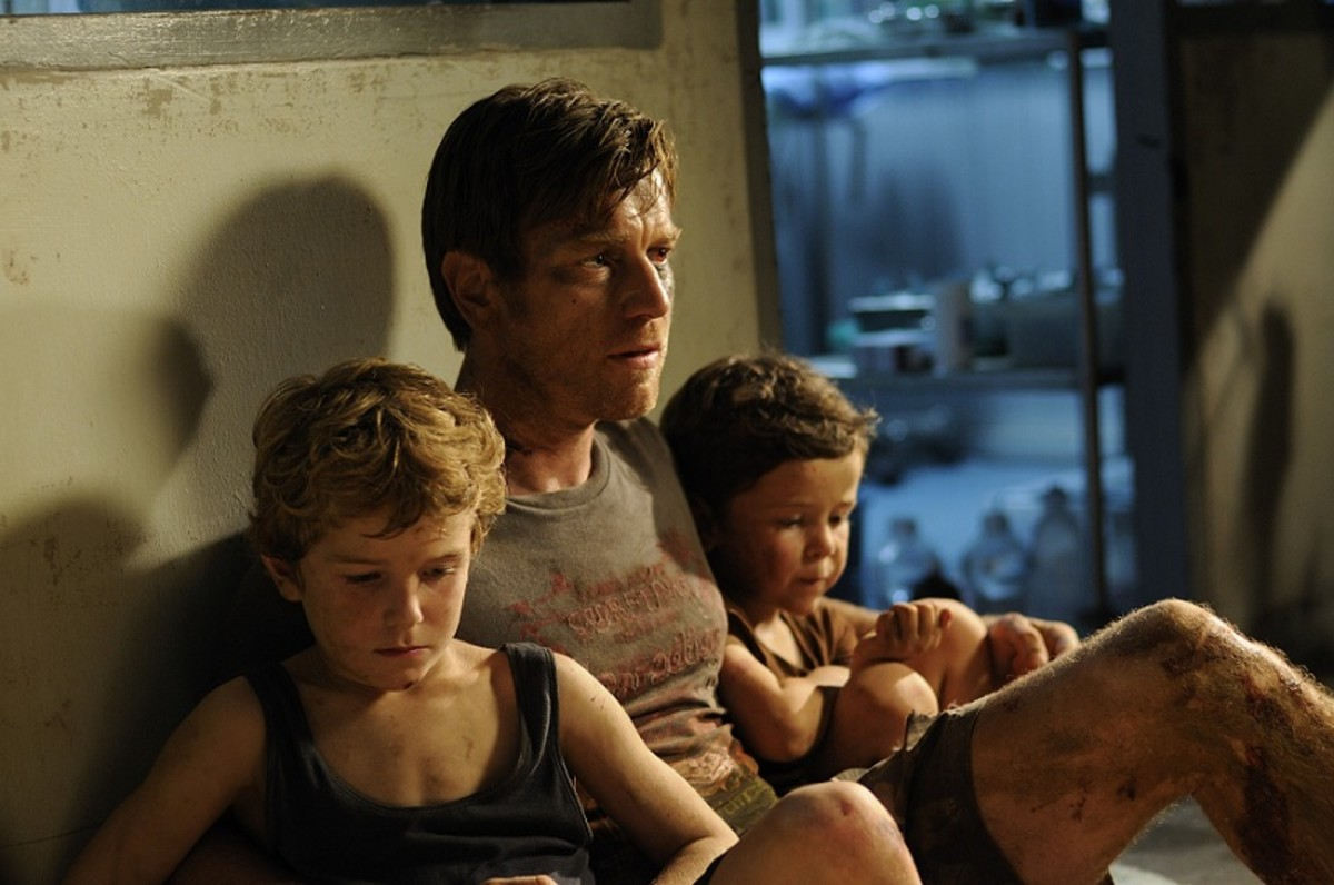 Henry (Ewan McGregor) with his children, Thomas and Simon