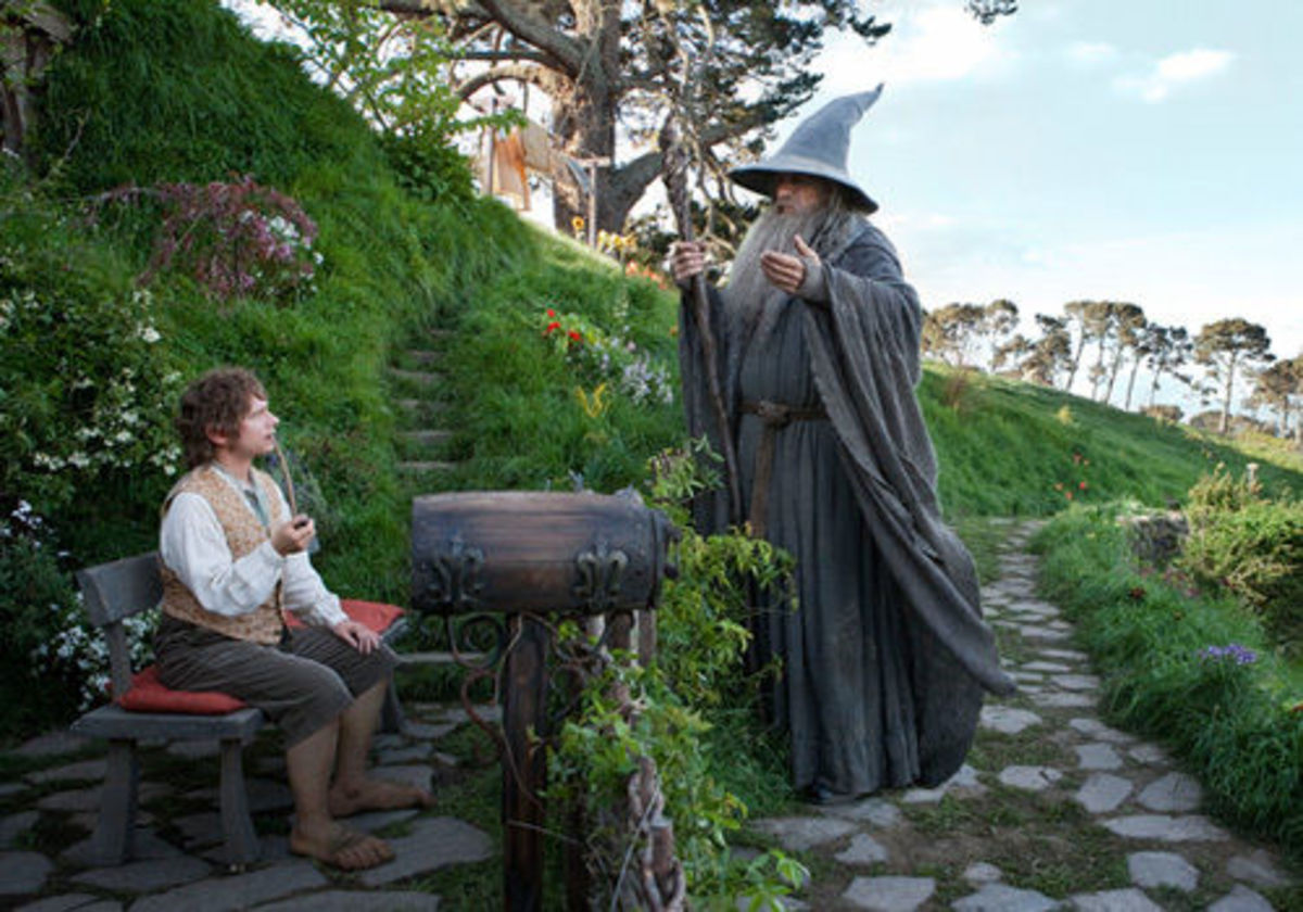 descriptions-of-some-famous-wizards-to-help-with-englishliteracy-gandolf-dumbledore