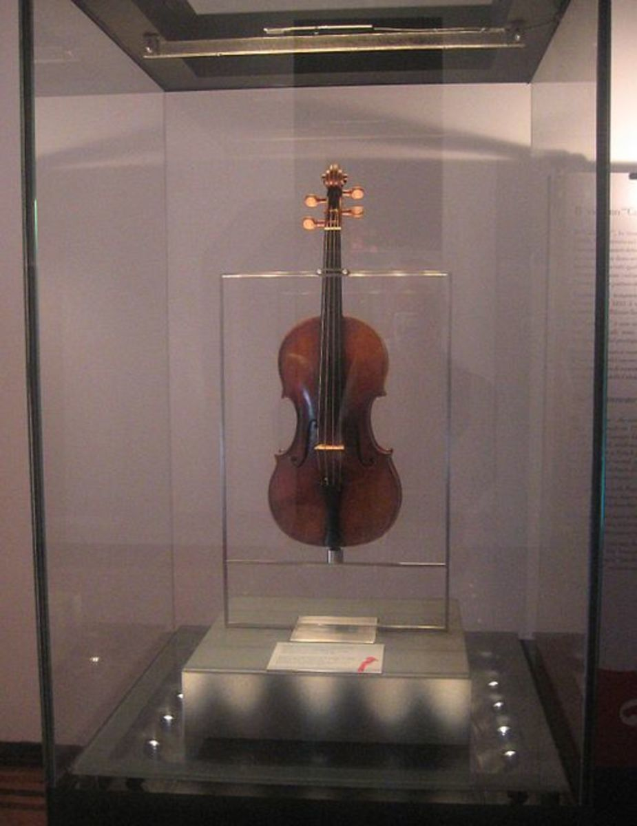 Paganini's 'IlCannone' 1743 Guarneri del Gesu violin in Palazzo Tursi, Genoa City Hall.