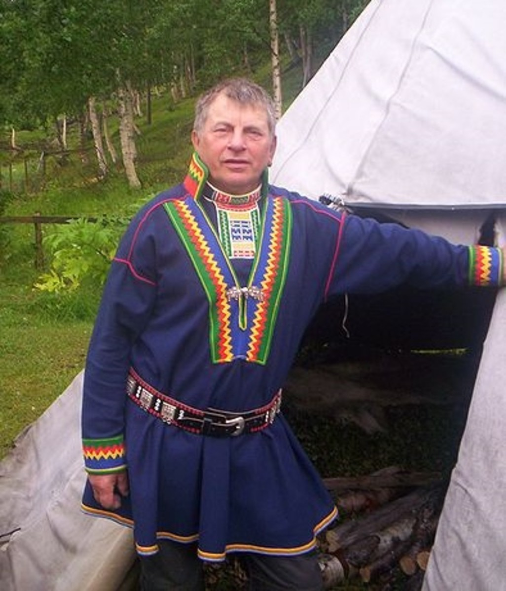 A Saami man in traditional dress. Photo by Norbert Kiss.
