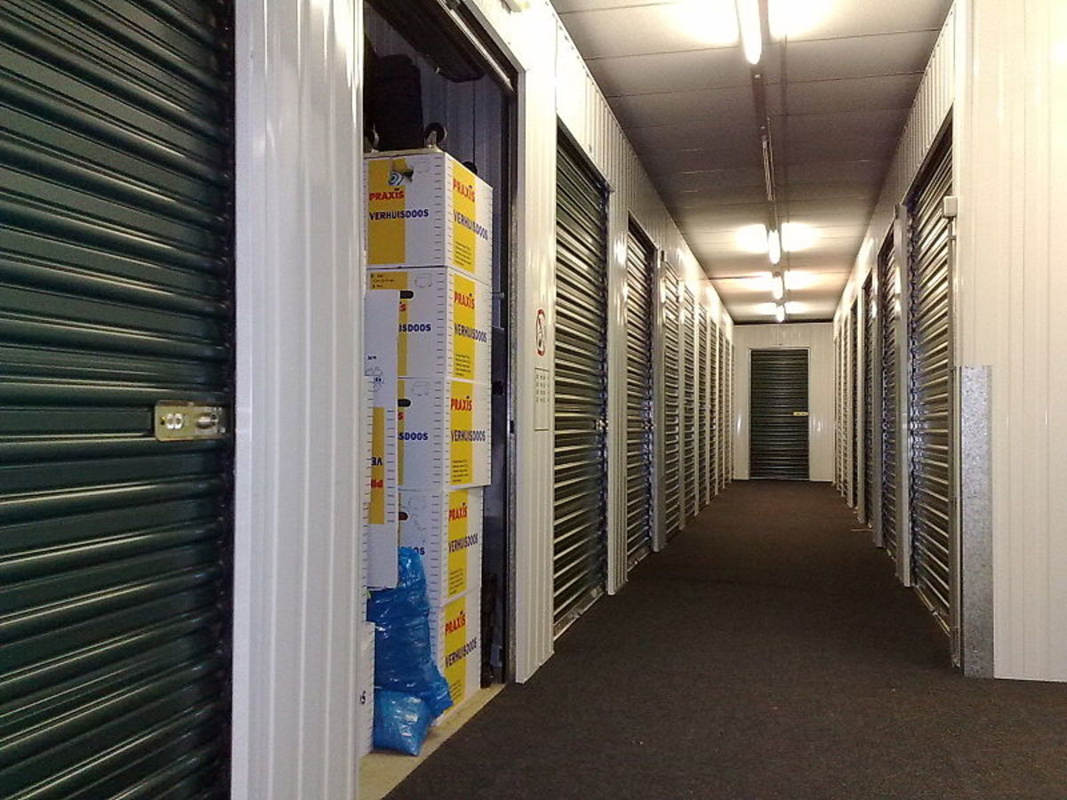 you-could-be-a-victim-of-storage-locker-auction-revenge