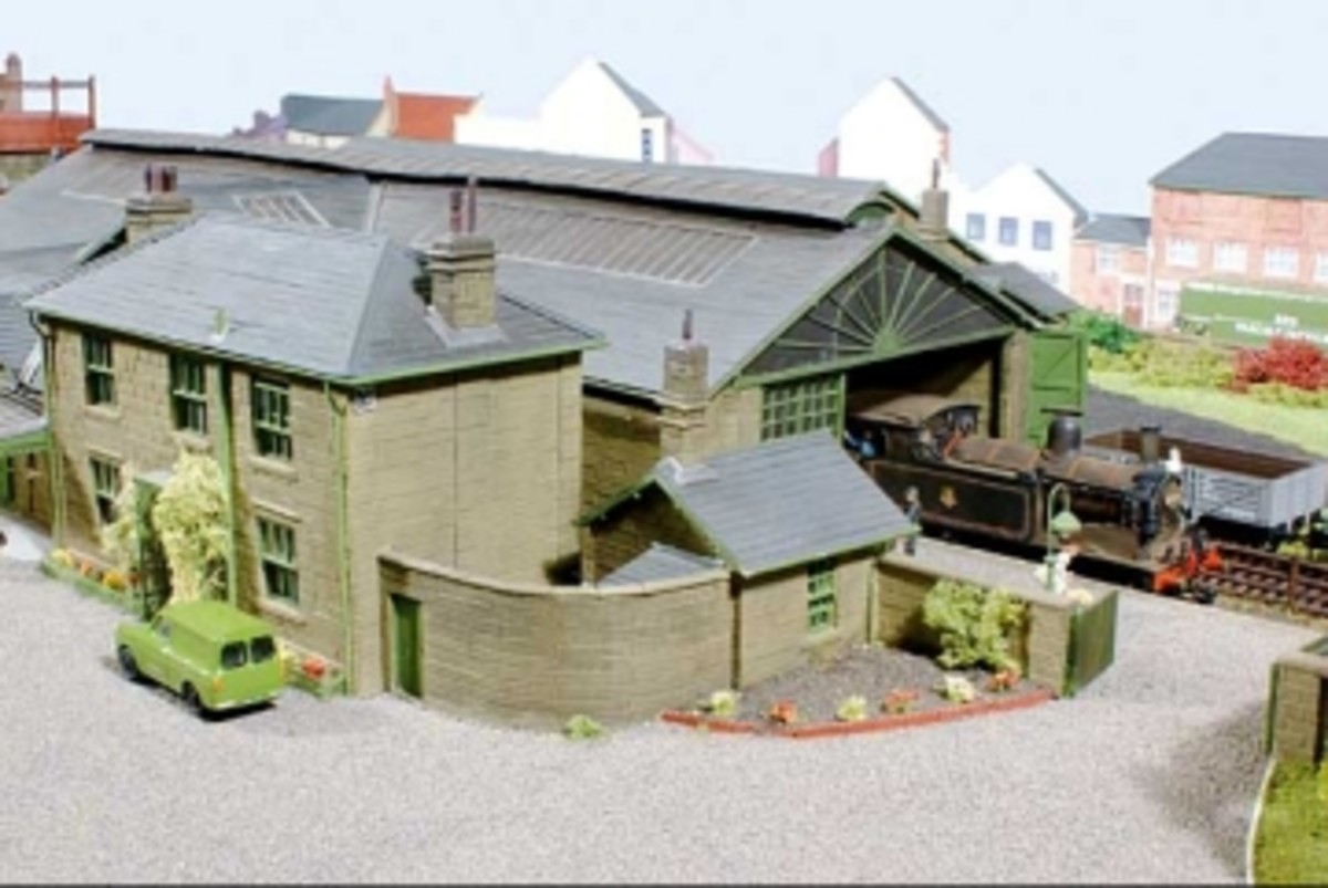 Another view of the Guisborough Station model with an unidentified Class G5 in BR livery at the head of its (unseen) train - the accuracy is breathtaking.