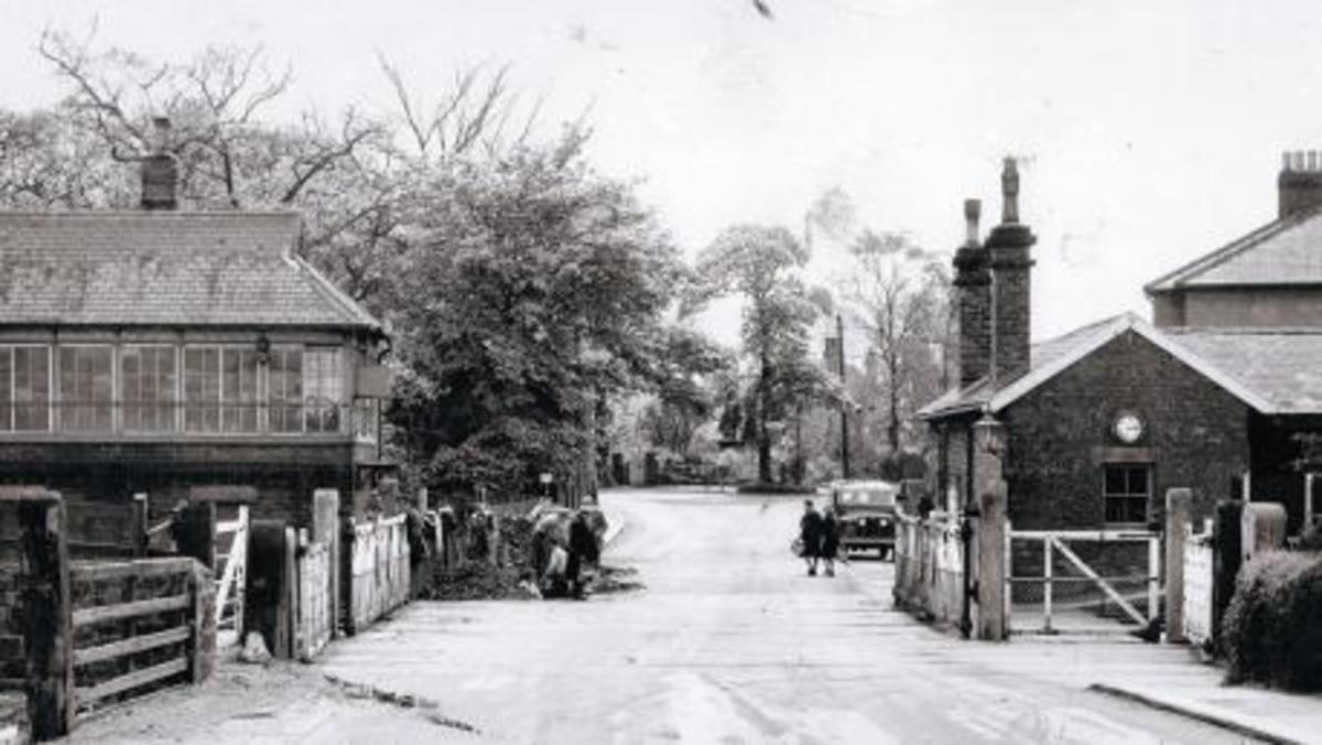 Nunthorpe again, this time in the mid-late 1950s - note the Series II Land rover at the right