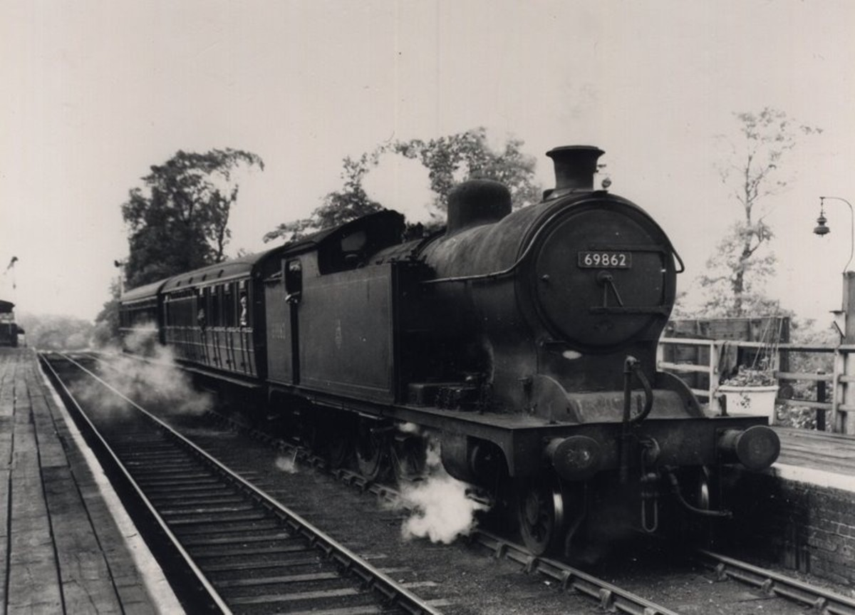 Class A8 69862 descends the bank from Nunthorpe into Ormesby Station, now considerably remodelled and renamed Marton due to the proximity of James Cook's birthplace nearby in Stewart's Park