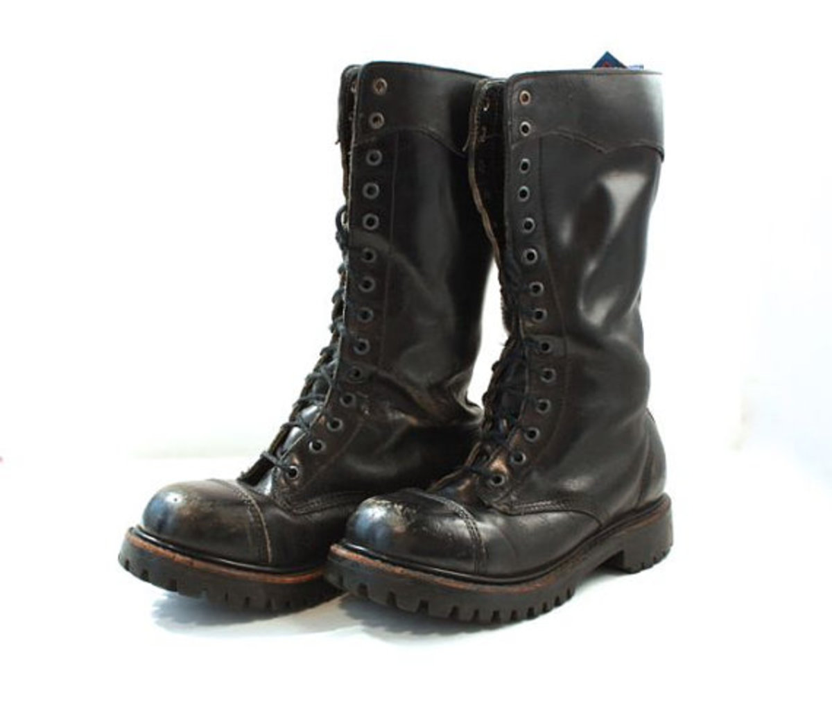 80s Punk Fashion: Combat Boots
