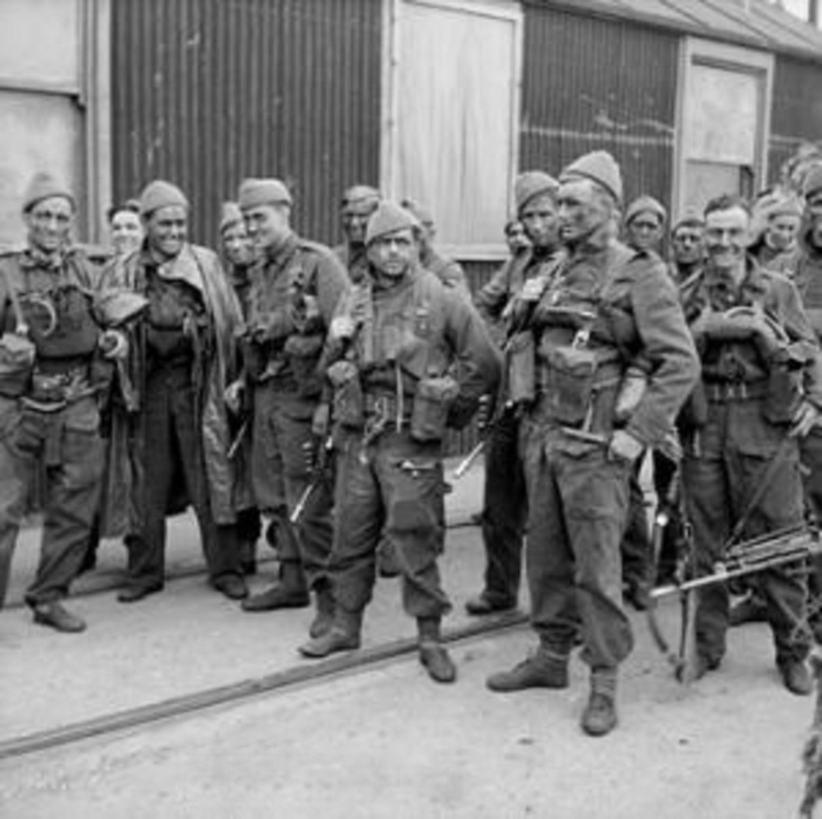 British Commandos preparing for the raid