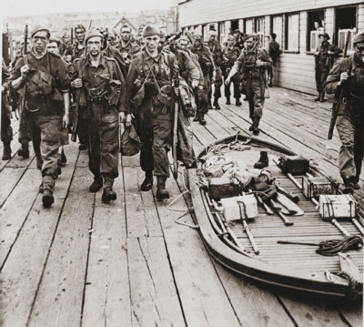 British Commando's ready to embark