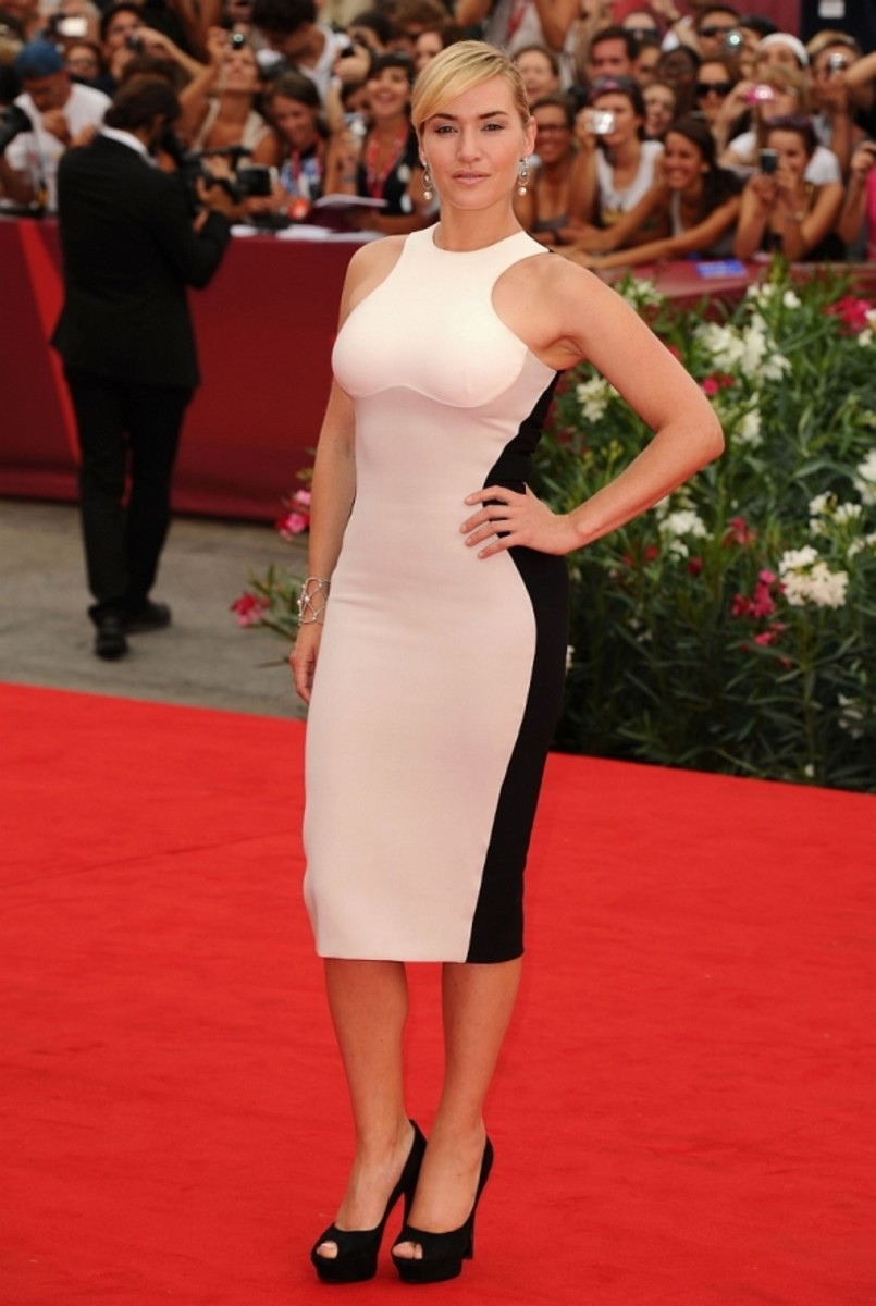 Kate on the red carpet in the famous black and white sleeveless dress worn for 'Mildred' promotion in Venice