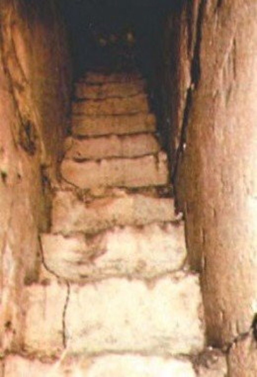 Steps to burial vaults in Cave of Machpela