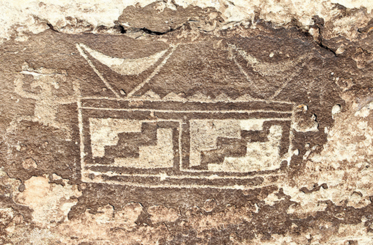 Ancient Puebloan Hieroglyph depicting the Ark of the Covenant. Found in Arizona, USA.
