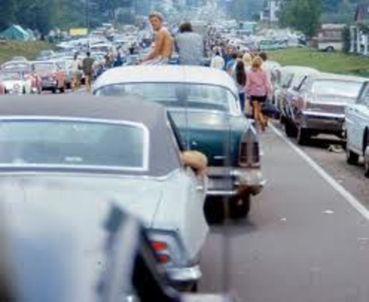 Woodstock 1969 Traffic-Source: http://www.urbit.es/un-festival-de-musica-para-copiar/