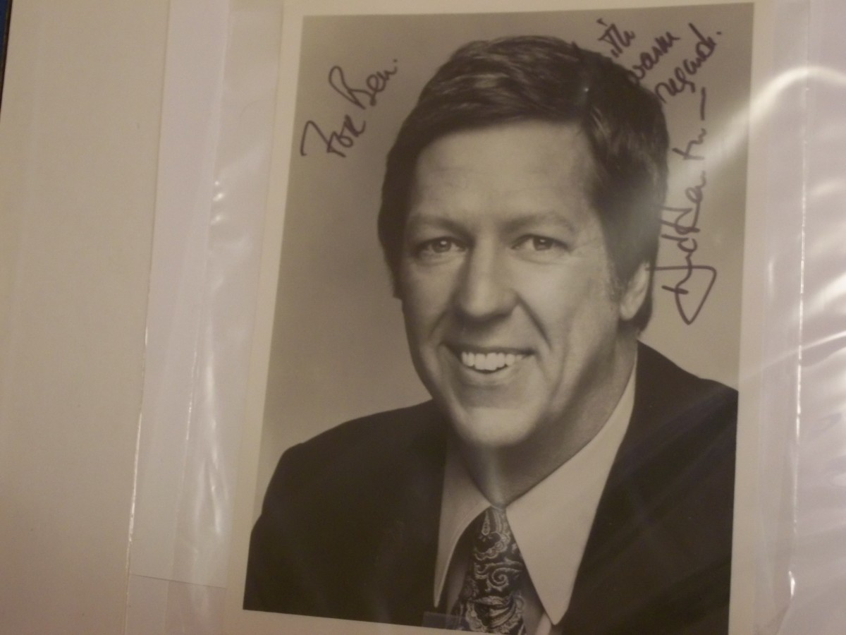 David Hartman was a regular cast member in The Virginian's Season 7.  He had made an earlier appearance on the show.