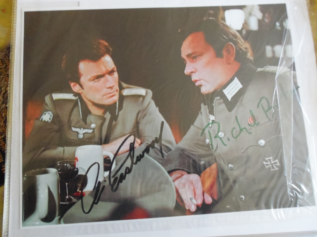 Talk about a great find, this double autograph picture is a real treasure.  Both actors are popular artist of movies and television.