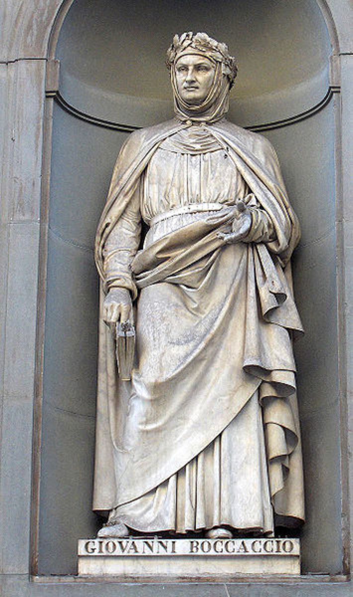 Statue of Boccaccio on the facade of the Uffizi Gallery in Florence, Italy.