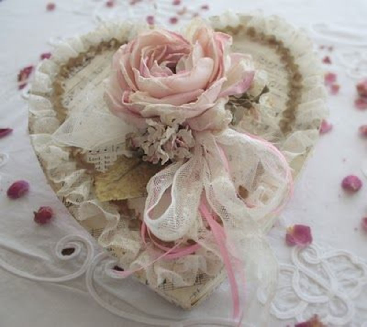 Lace heart with a rose