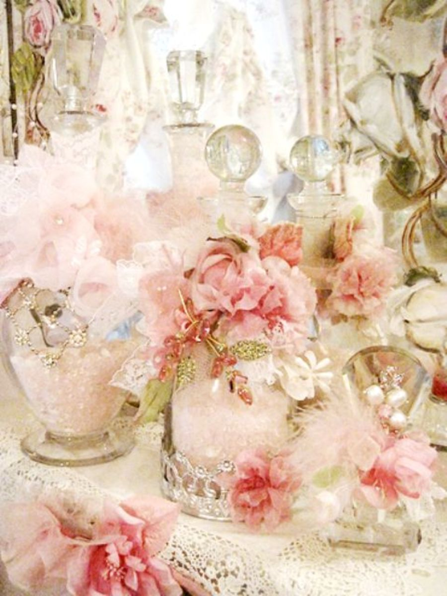 flowers, tule and lace make this shabby chic lovely