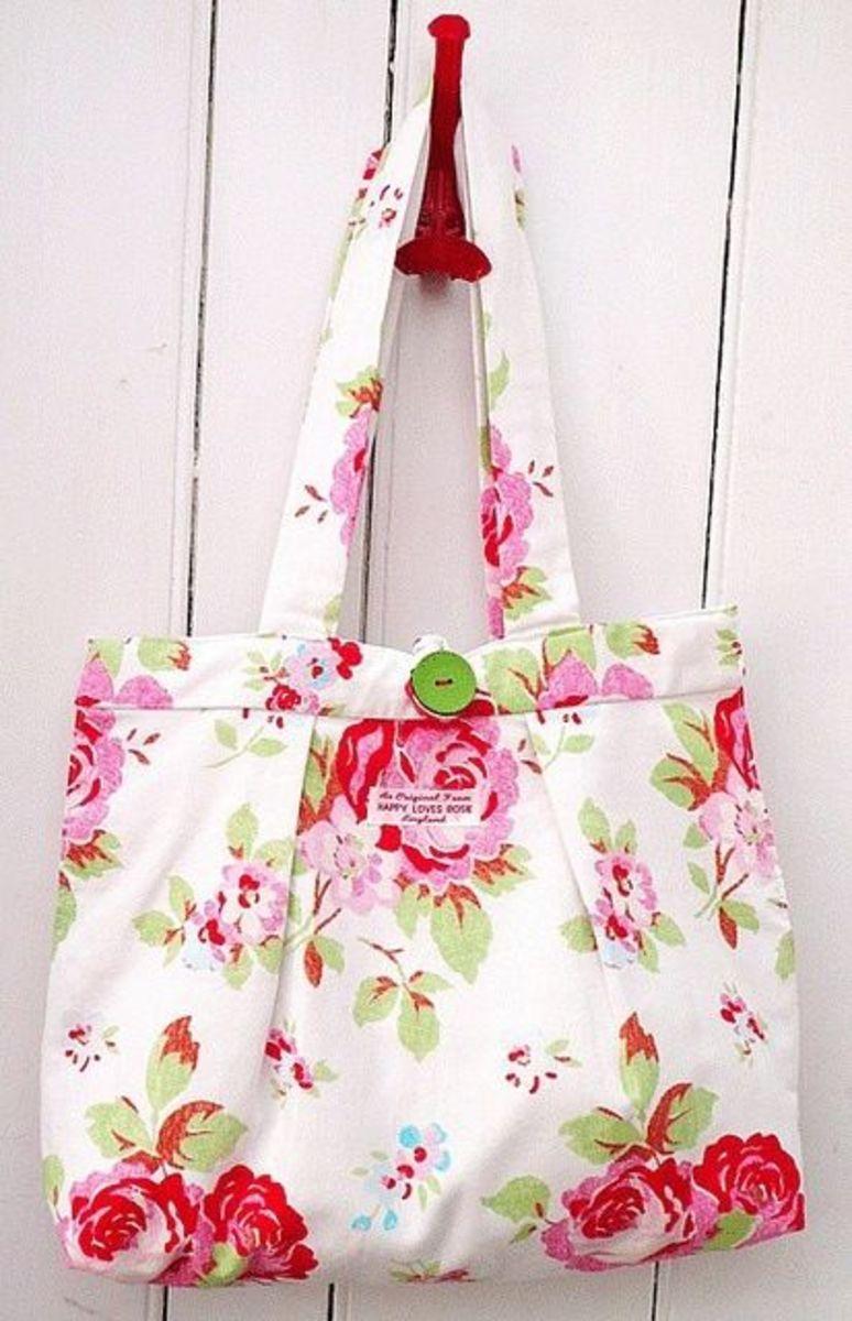 Floral fabric handbag