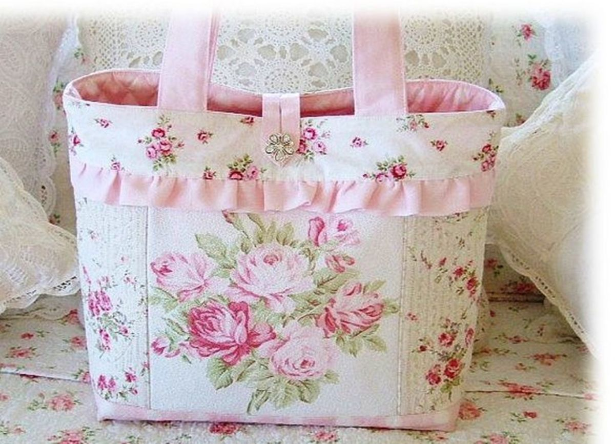 Floral tote bag with ribbon