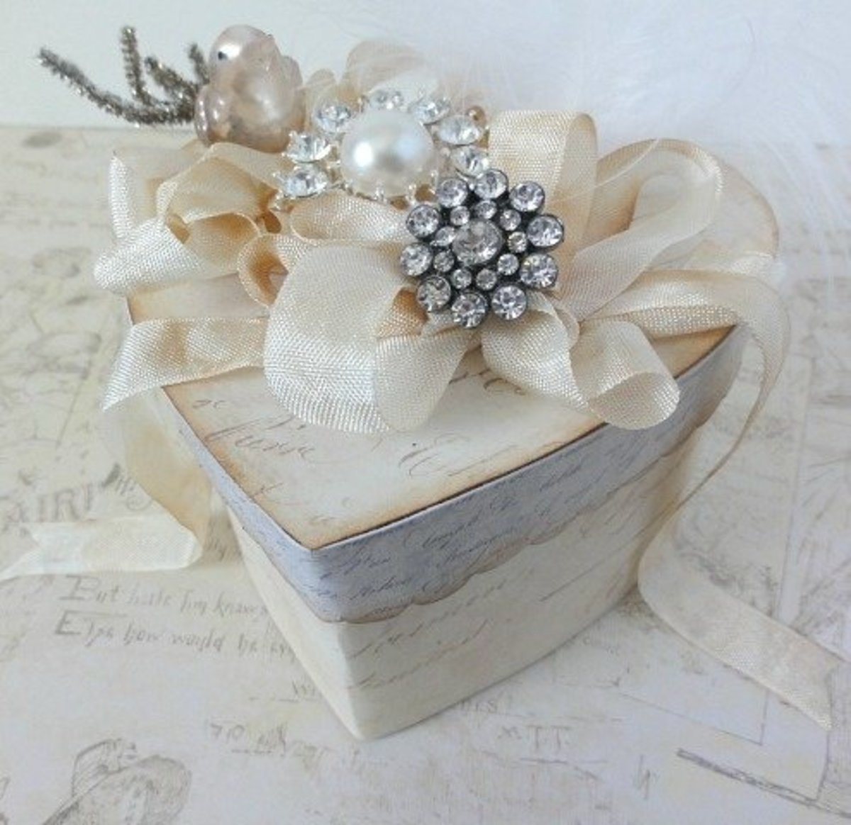 Heart box lace and florals