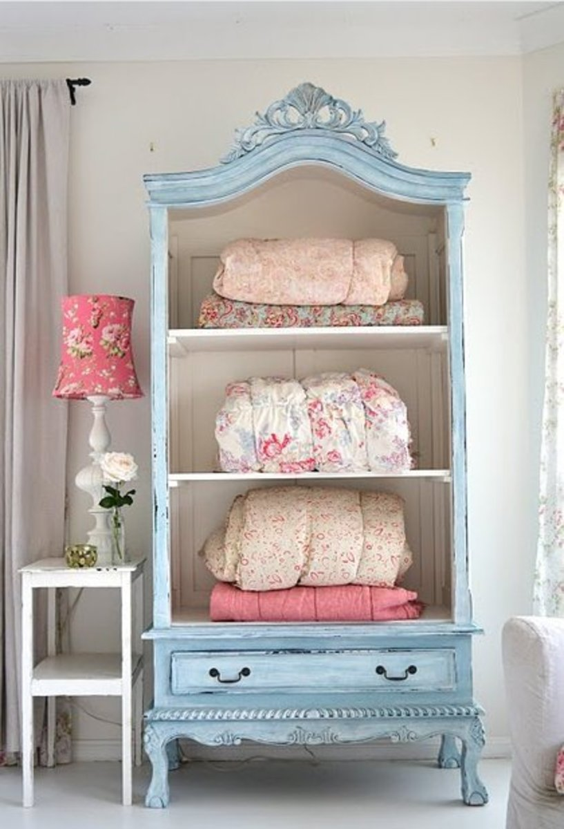 Another weathered cupboard for linens