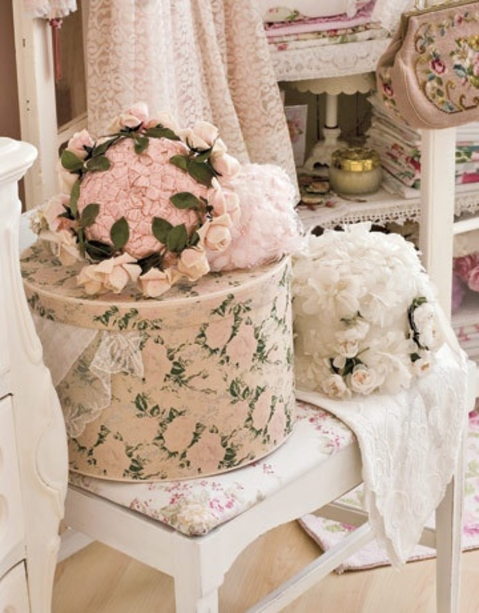 Shabby chic floral pale hued hats and hat boxes