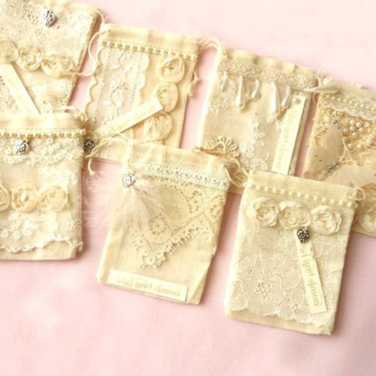 Lace wedding favor bags