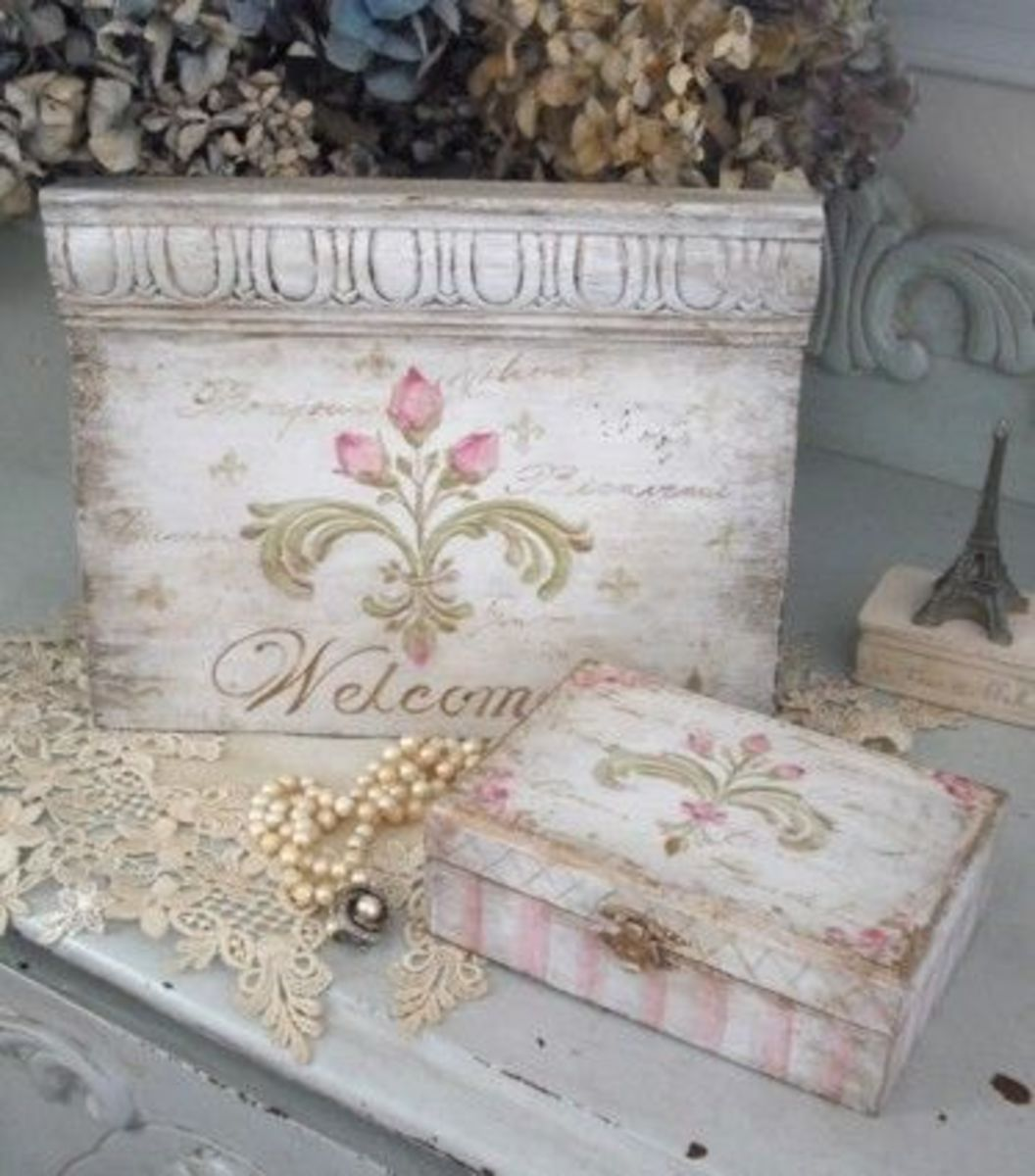 French shabby chic sign and trinket box