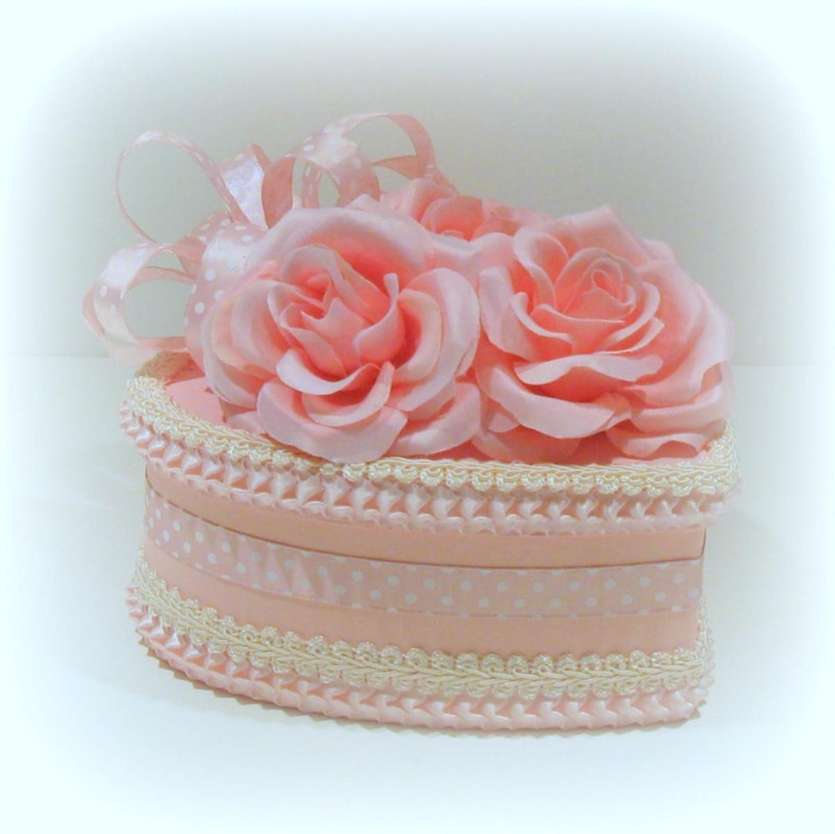 Shabby Chic Valentine Heart Box