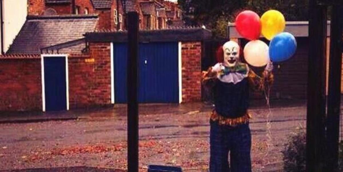 """It seems that the citizens of Northampton, England are being terrorized by an evil clown, who pops up and makes random and disturbing appearances on street corners in the city."""