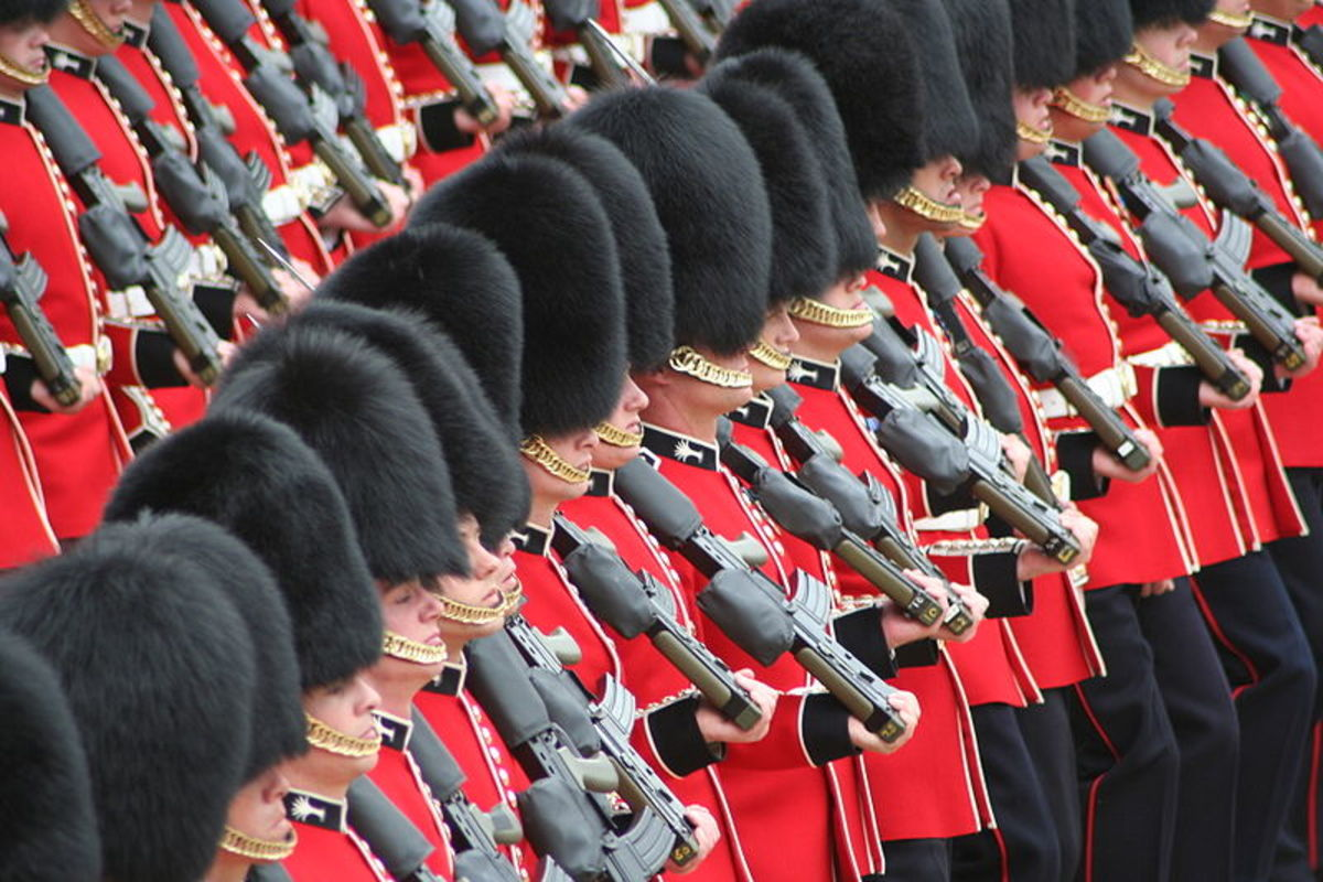 These are of course British soldiers, but I think red would be a good colour for a modern Roman Army, as it represents Mars, the God of War.
