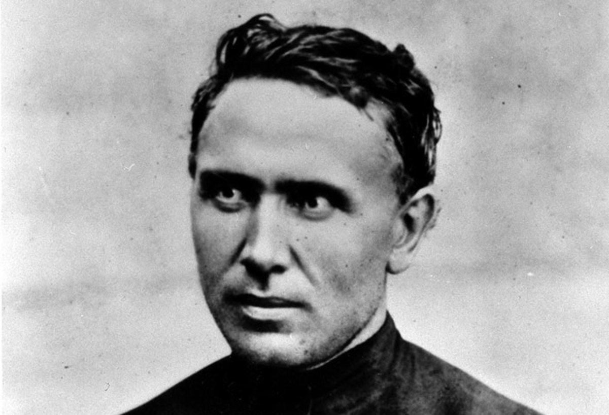 Father Damien arrived in Kalaupapa in 1873.