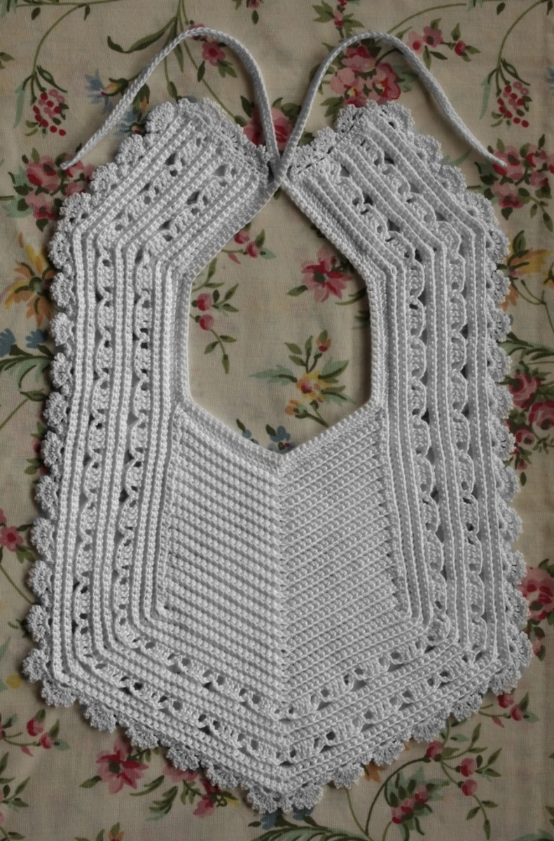 Crochet Baby Bibs with Free Patterns