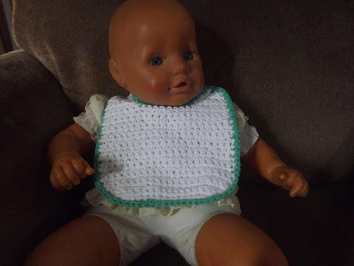 This is another version of the Side Snap Baby Bib.