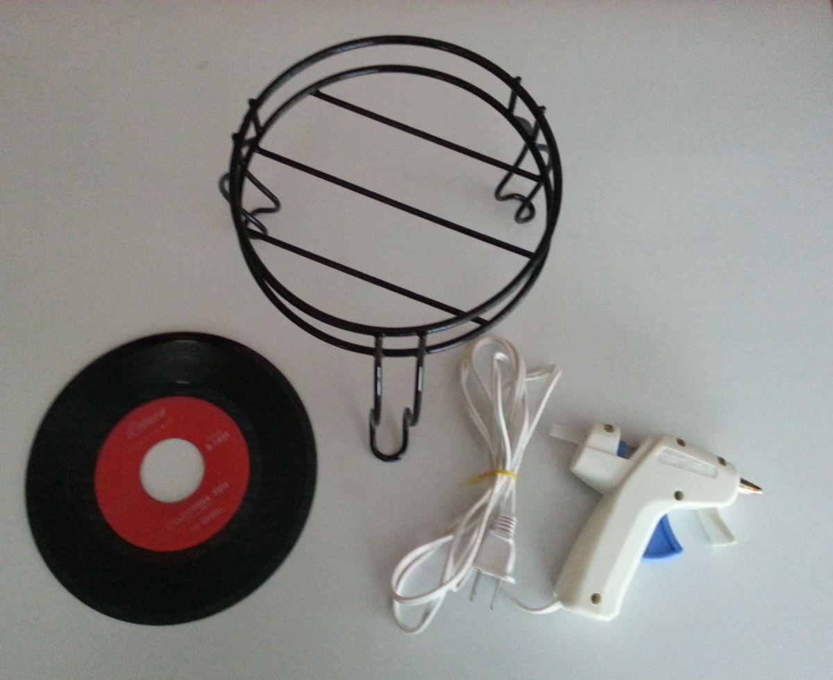 diy-mini-record-stand