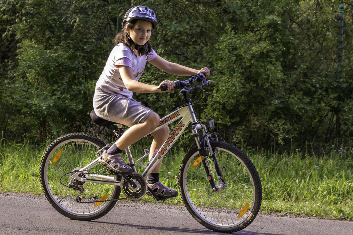 A new bike is a great gift for a tween girl!